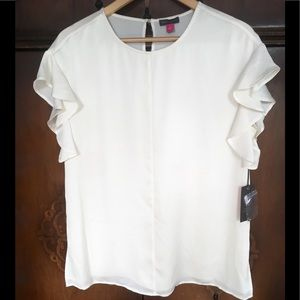NEW Vince Camuto Ruffle Sleeve blouse small